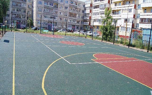 Спортивная площадка в городе Добрянка