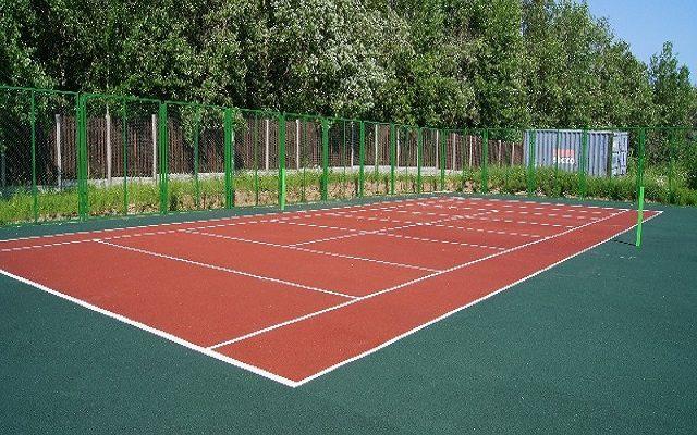 Теннисные корты загородного поселка «ЮЖНЫЙ БЕРЕГ»