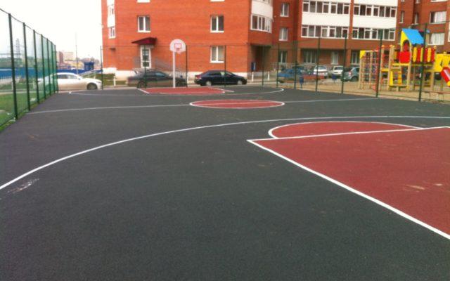 Спортивная площадка на Холмогорской 3