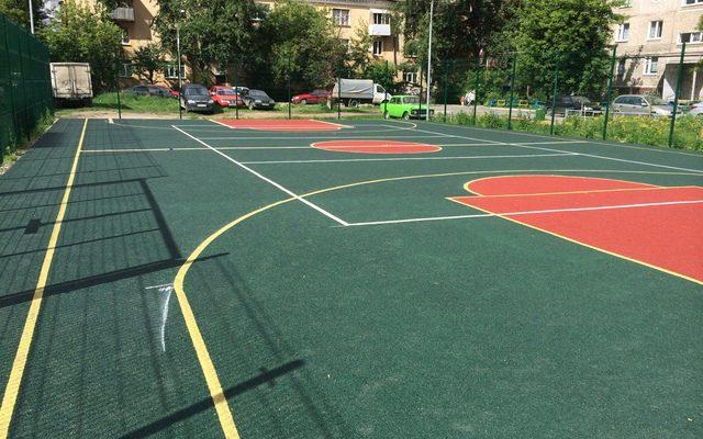 Спортивная площадка на Желябова 11