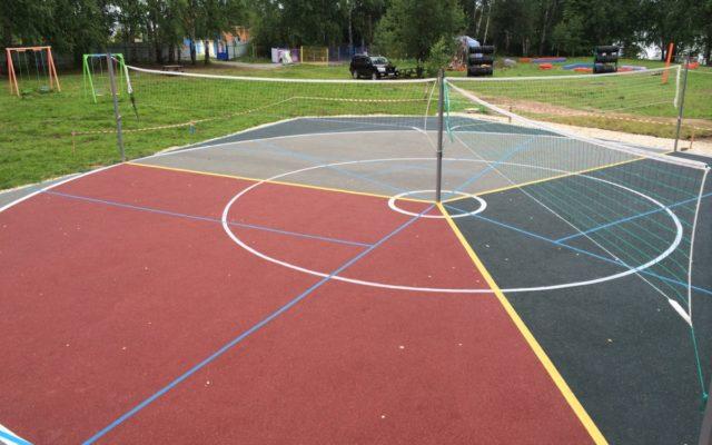 Спортивная площадка для игры в троебол!!!