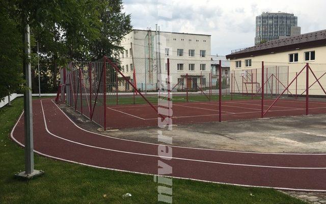 Стадион школы № 12 г. Пермь ул. Смирнова, 10
