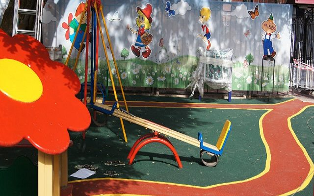 Детская площадка на ул. Борчанинова 3