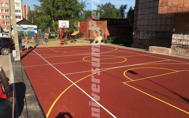 Детская и спортивная площадка, проспект Парковый 33-35