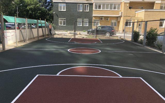 Спортивная площадка жилого дома по ул. Сибирская 46