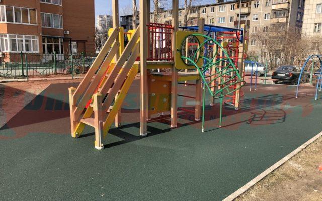 2019 г. Детская площадка, Крисанова 73а