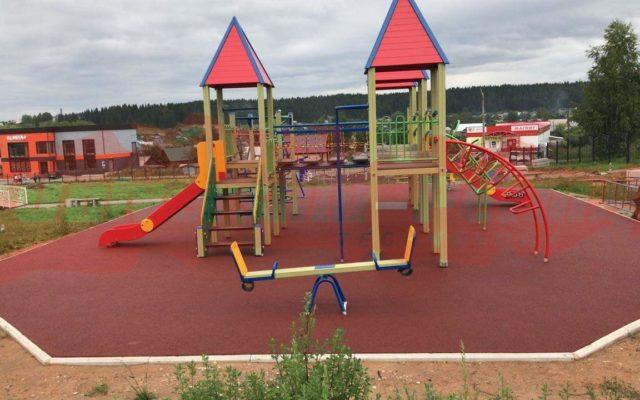 Детская площадка пос. Карагай