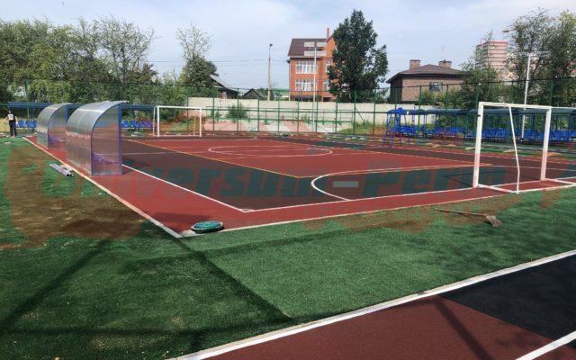 Стадион школы для детей с ограниченными возможностями. Ул Самарканская