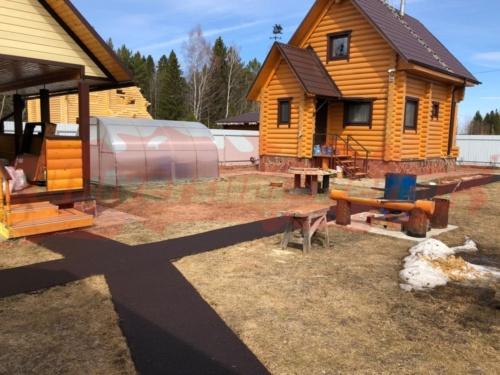 Придомовая территория загородного дома пос. Усть-Качка