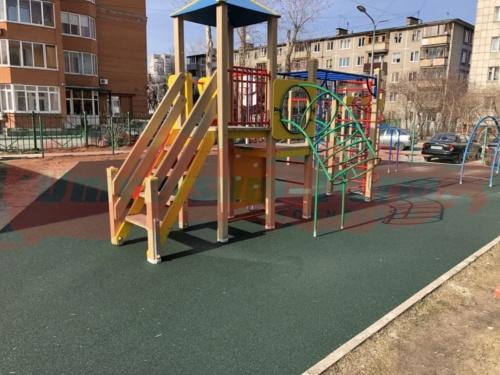 Детская площадка, Крисанова 73а