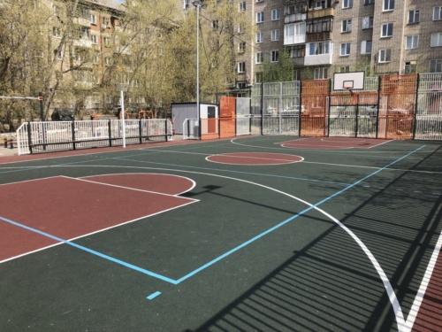 Спортивная площадка, ул Петропавловская 60