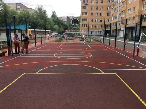 Спортивная площадка. Шоссе космонавтов 141