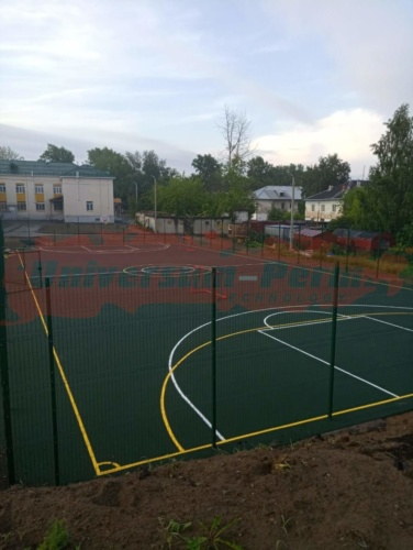 г.Соликамск, школьный стадион