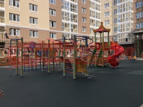 Детская площадка, жилой комплекс Губерния