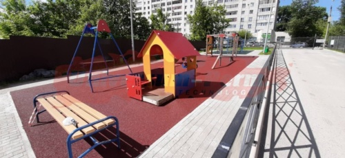 Детские и спортивные площадки жилого дома, м-р Гайва
