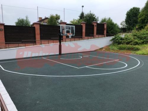 Частная спортивная баскетбольная площадка, пос. Старые Ляды