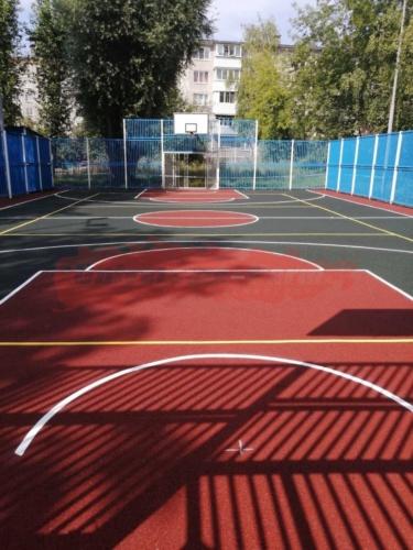 Спортивная площадка, м-р Висим